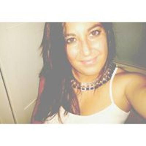 Angelica Fernandez's avatar