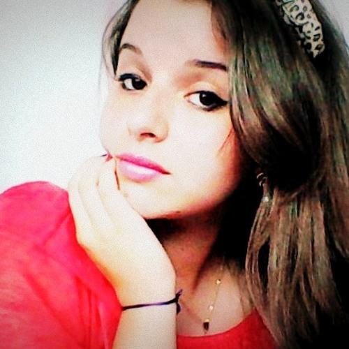 Ingride Helena's avatar