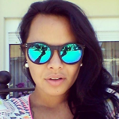Camila Pratt's avatar