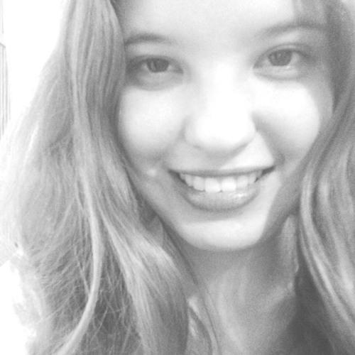 Michelle Domingues's avatar