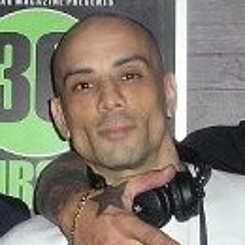 Dee Jordan 2's avatar