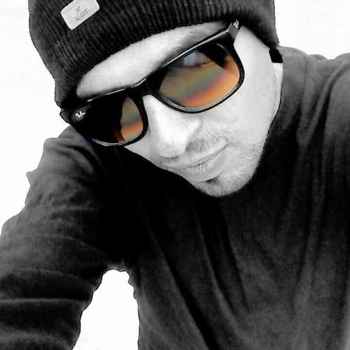 Danish Khan 64's avatar