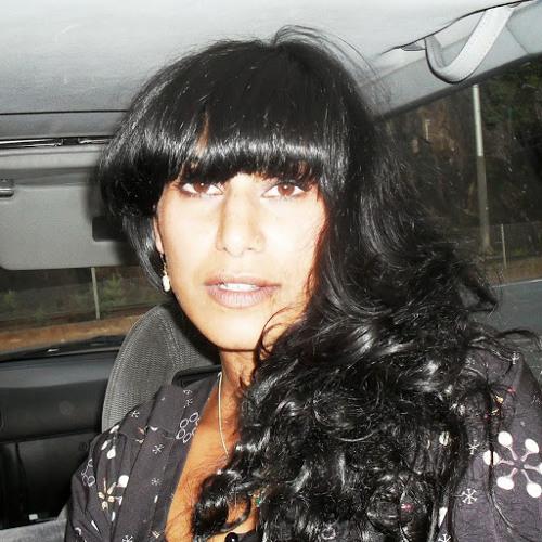 Hina Ahmad's avatar