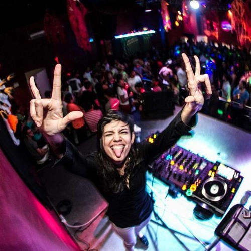 DJ Juliana Vieira's avatar