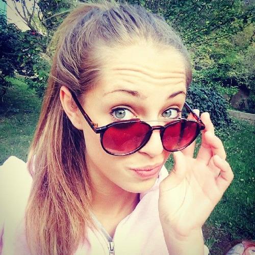 Nadia Alarcon 1's avatar