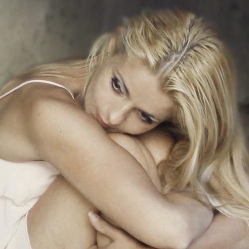 Elisah Del's avatar