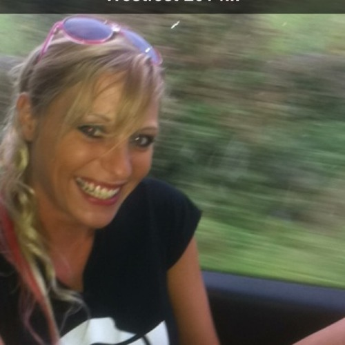 Becky Lamb (Boo Brown..)'s avatar
