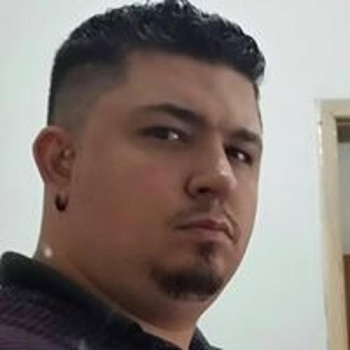 Rafa Ribeiro's avatar