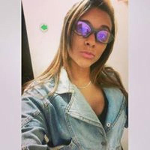 Gabrielle Magalhães's avatar