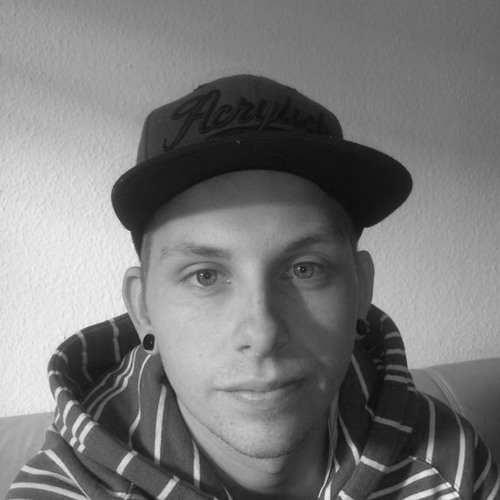 Robert Pawel's avatar