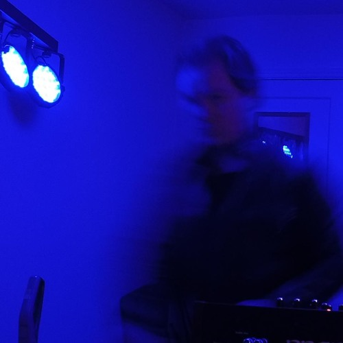 Luke B Weld's avatar