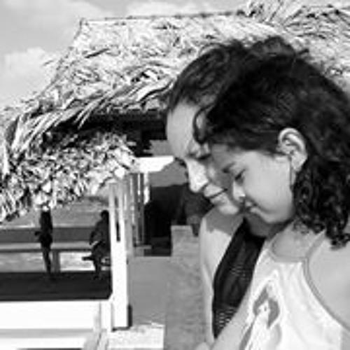 Liliane Moura Maranhão's avatar
