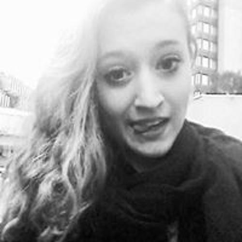 Renata Cacioppo's avatar
