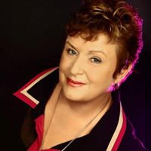 Vivian Bateman's avatar