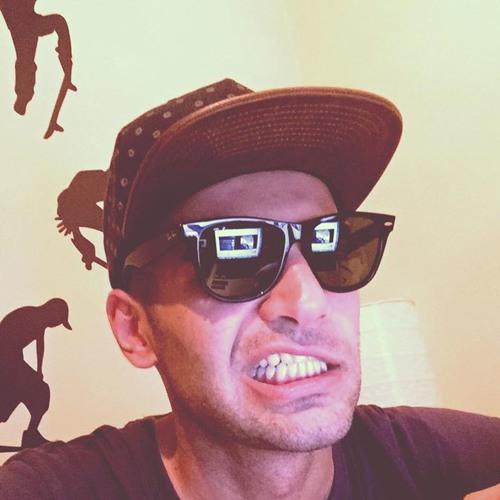Pete Barsèni's avatar