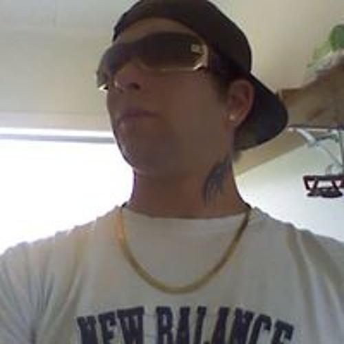 Jullian Santana Gunn's avatar