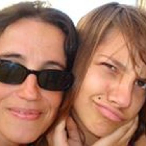 Lola López's avatar