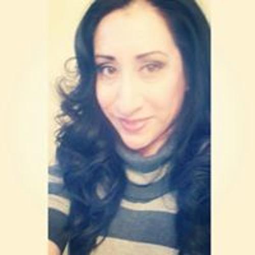 Luna Sandoval's avatar