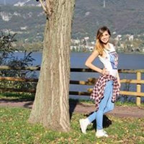 Domenika Robyn Andreja's avatar