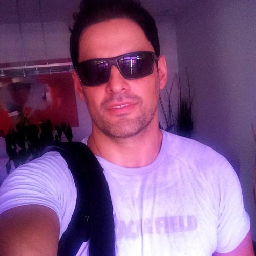 Paulo Caruso's avatar