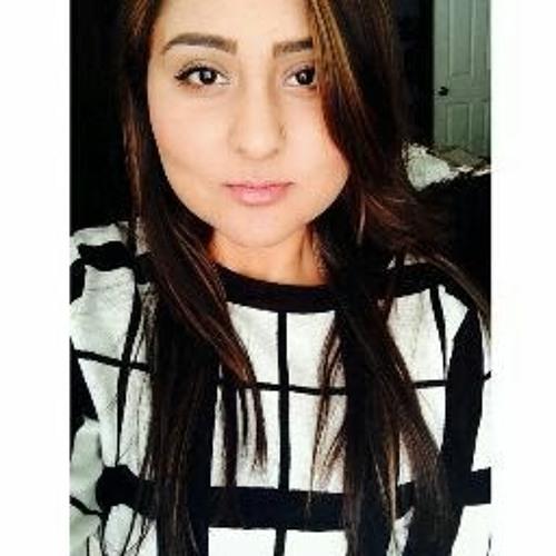 Fatima Bajwa's avatar