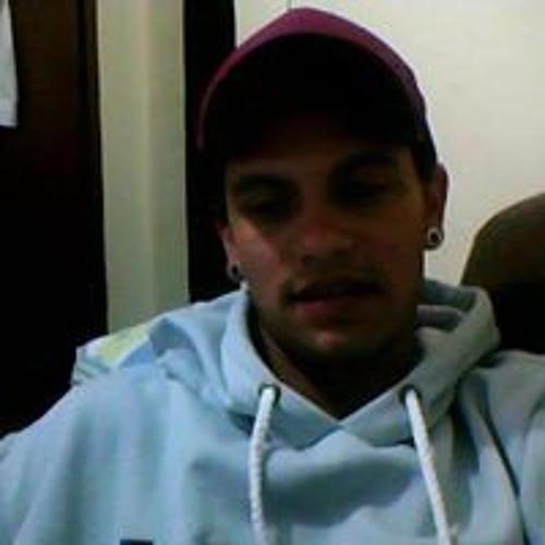 Dede Camargo's avatar