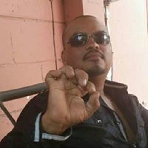 Gerardo Peña's avatar
