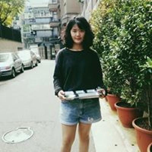 Sherry Hsieh's avatar