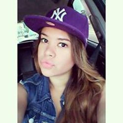 Vanessa Lucia Gil's avatar