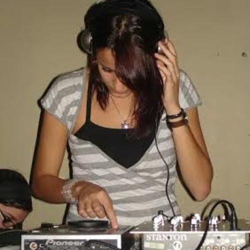Deborah Saad de Andrade's avatar