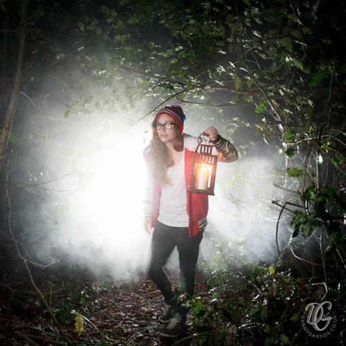 Rosina Andrews's avatar