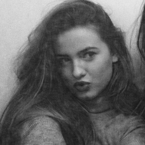 Isabel Ramirez's avatar