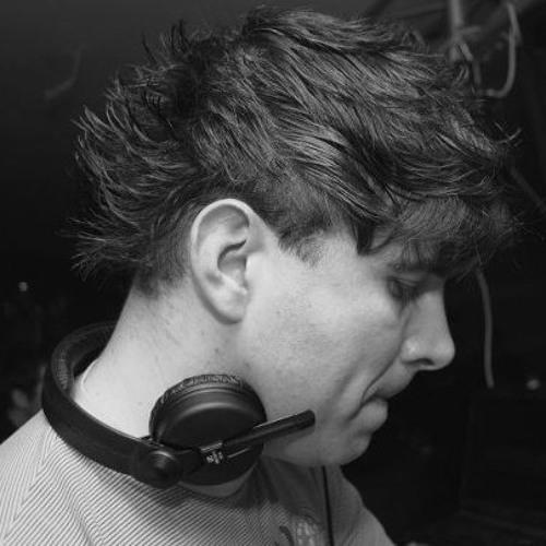 Martin DjMartin's avatar
