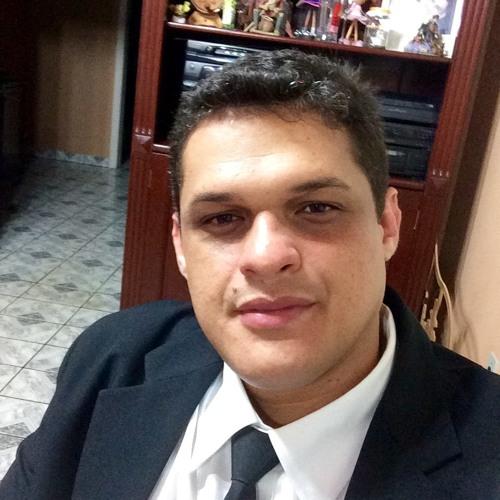 Michel Cabral's avatar