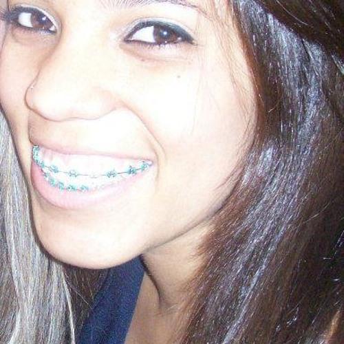 Ana Luísa's avatar