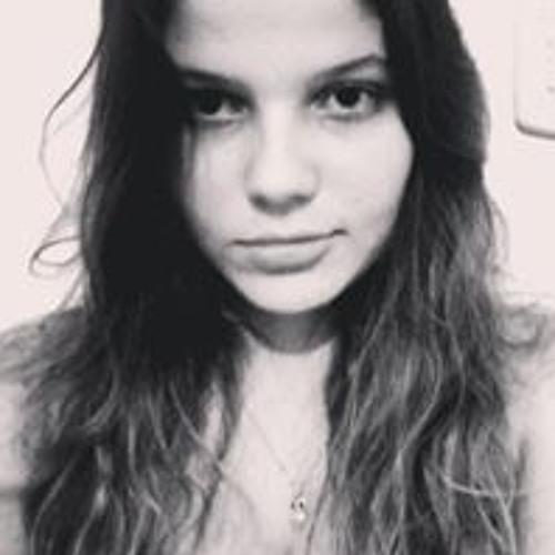 Daniela Oliveira's avatar