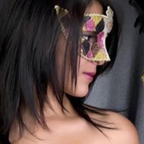 Nelly Cruz's avatar