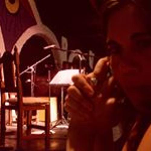 Karina Gabriela's avatar