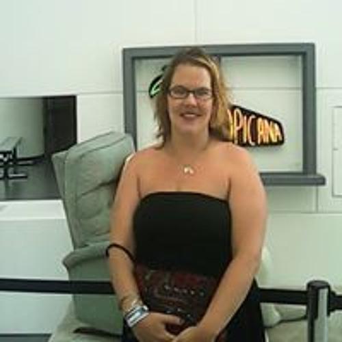 Julie Kefalos's avatar
