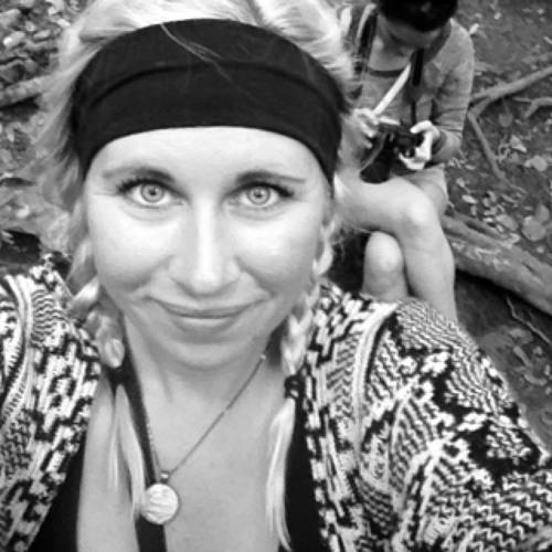 Alison Leigh's avatar