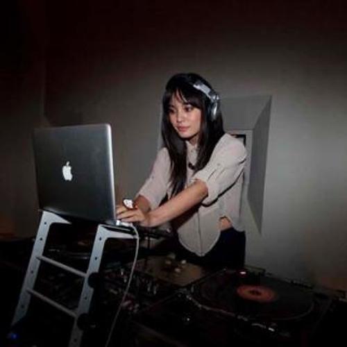 Dj Teena's avatar