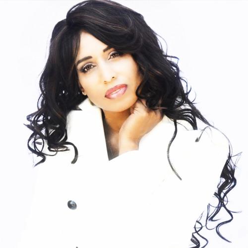 Lena Lalani's avatar