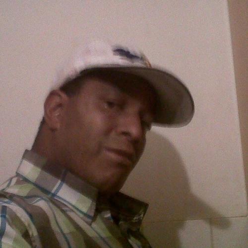 user drobinson1974's avatar