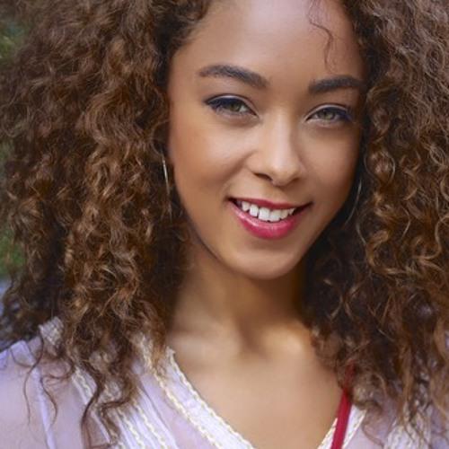 Daphney Rose's avatar