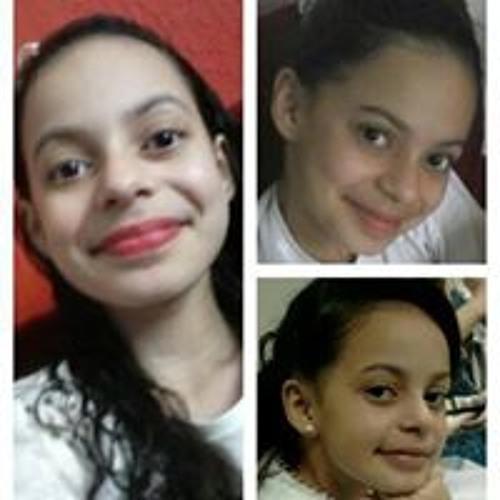 Vitória Carneiro's avatar