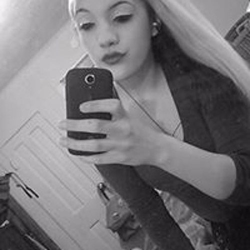 Angie Mariah's avatar