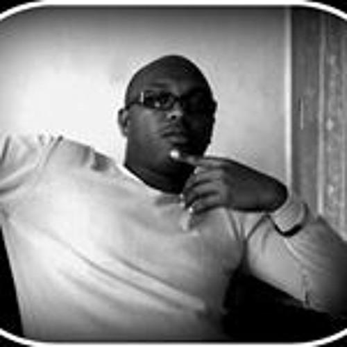 Stephen Ndung'u's avatar