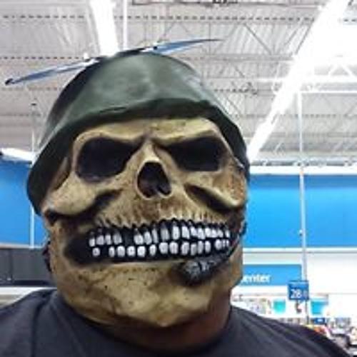 Robert Valenzuela's avatar