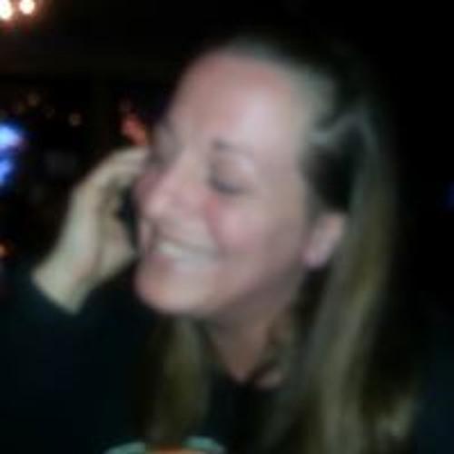 Rebecca Holt's avatar
