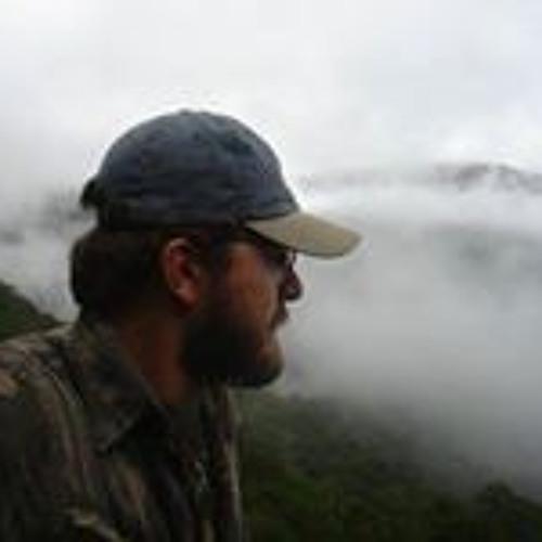 Edward Luz's avatar